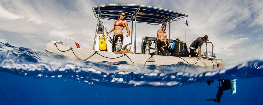 Le bateau de plongée